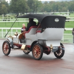 1900. Compiègne laat ons de samenhang herbeleven van de automobiel en de bespannen dieren