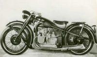 Vol d'une moto BMW R12 de 1942