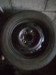 A vendre pneus montés sur jantes VW